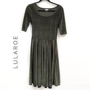 {Lularoe} Green Velvet Nicole Dress